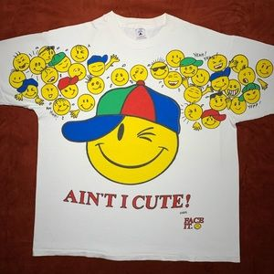 Vintage 90s smiley face emoji souvenir T-shirt